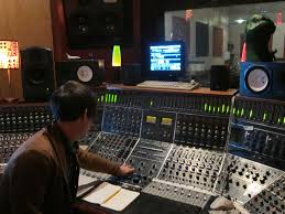 recording-engineer