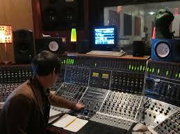 recording-engineer